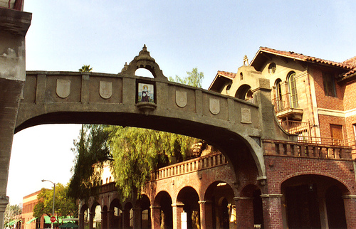 Mission Inn Skybridge, Riverside